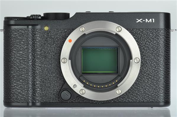 A picture of Fujifilm X-M1 Body