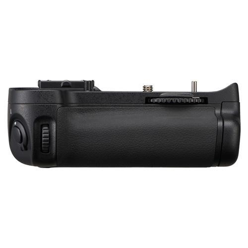 A picture of Nikon MB-D11 Battery Grip