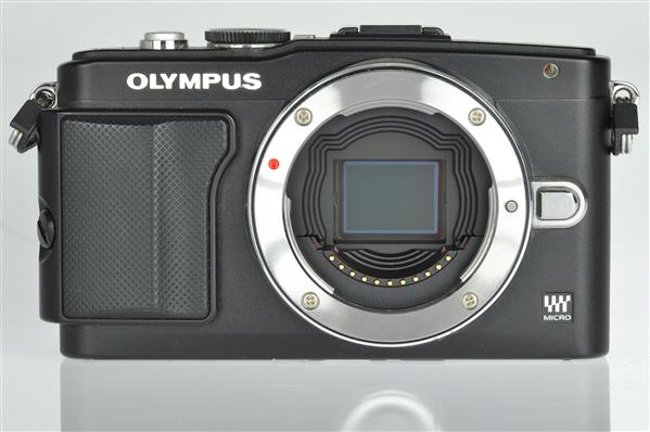 A picture of Olympus PEN E-PL5 Body