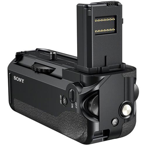 A picture of Sony VG-C1EM Vertical Battery Grip for a7 and a7R
