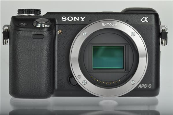 A picture of Sony NEX-6 Compact System Camera Body